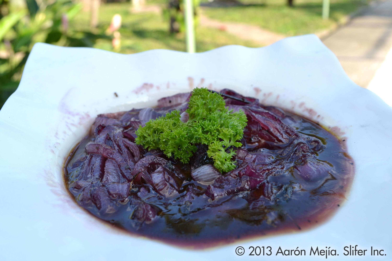 Cebollas Caramelizadas En Vino Tinto